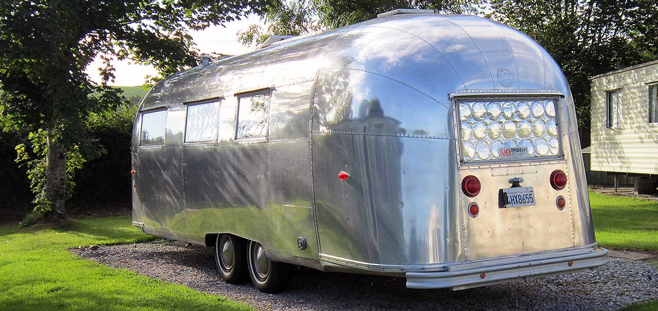 airstream-pitch-reverse